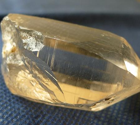 ヒマラヤ水晶原石スモーキークォーツ019-5