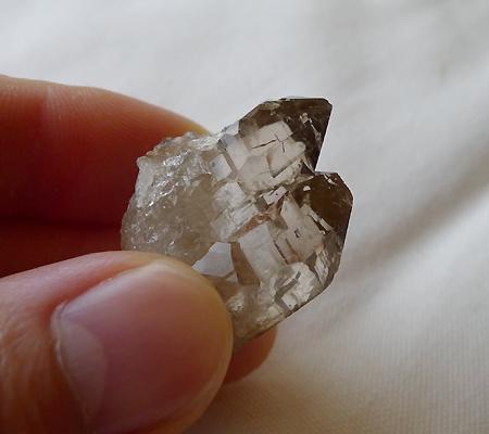 ヒマラヤ水晶原石スモーキークォーツ024-6