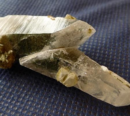 ヒマラヤ水晶原石特殊形状044-2