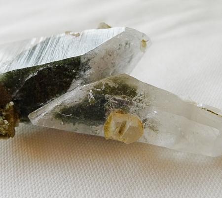 ヒマラヤ水晶原石特殊形状044-7