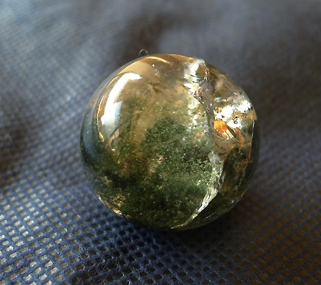 ヒマラヤ水晶丸玉内包物入り013-4