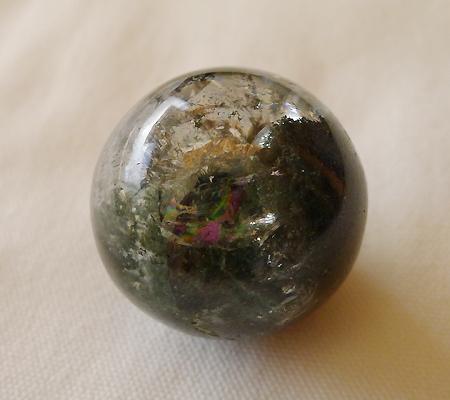 ヒマラヤ水晶丸玉内包物入り013-6