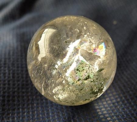 ヒマラヤ水晶丸玉内包物入り015-3