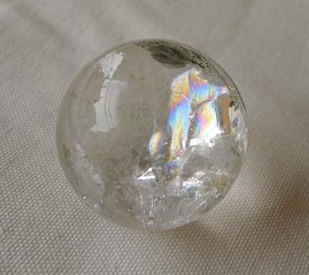 ヒマラヤ水晶丸玉内包物入り015-8