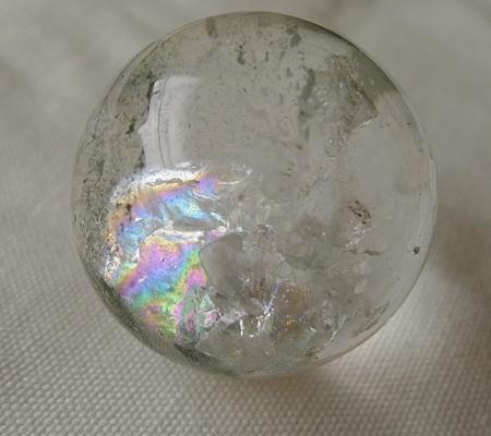 ヒマラヤ水晶丸玉内包物入り015-9