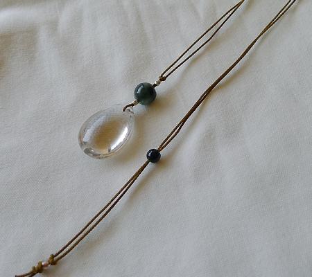 ヒマラヤ水晶紐付きチョーカー028-8