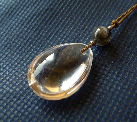 ヒマラヤ水晶紐付きチョーカー030-4