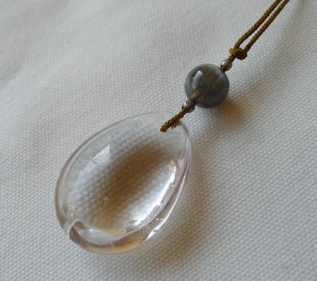 ヒマラヤ水晶紐付きチョーカー030-6