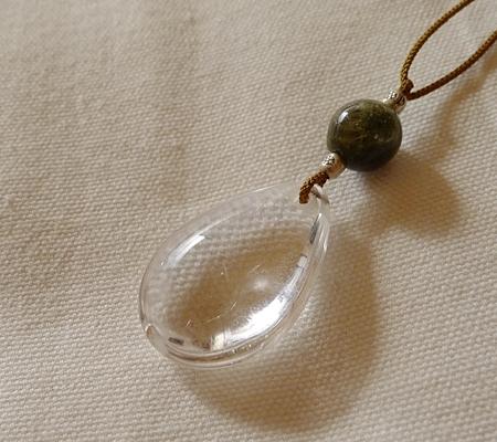 ヒマラヤ水晶紐付きチョーカー034-5