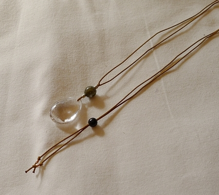 ヒマラヤ水晶紐付きチョーカー034-8