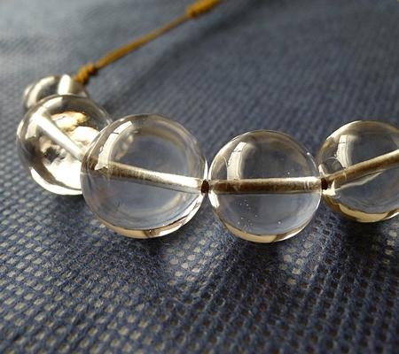 ヒマラヤ水晶紐付きチョーカー044-2