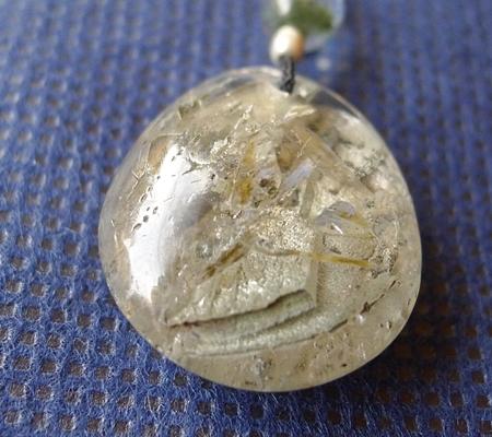 ヒマラヤ水晶紐付きチョーカー内包物入り046-3