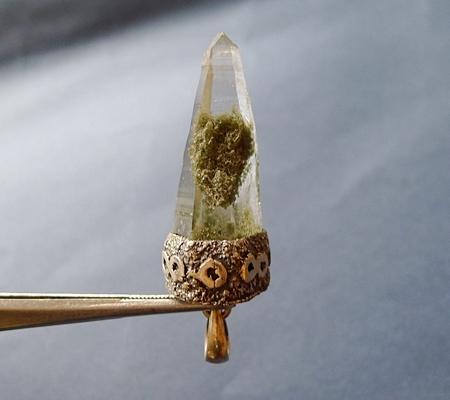 ヒマラヤ水晶ペンダント緑泥石入り046-3