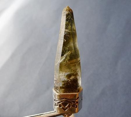 ヒマラヤ水晶ペンダント緑泥石入り051-2