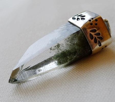 ヒマラヤ水晶ペンダント緑泥石入り054-6