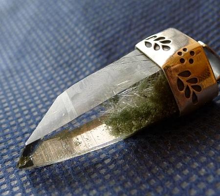 ヒマラヤ水晶ペンダント緑泥石入り054-8
