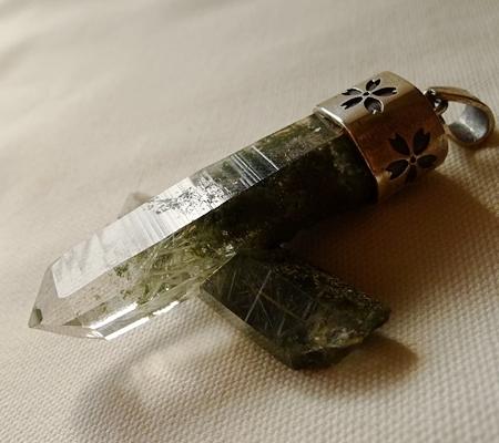 ヒマラヤ水晶ペンダント緑泥石入り058-4