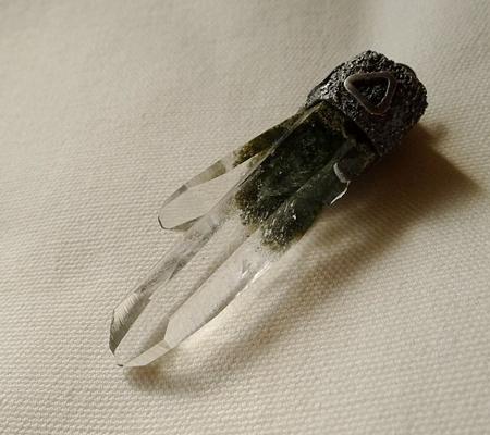 ヒマラヤ水晶ペンダント緑泥石入り060-7