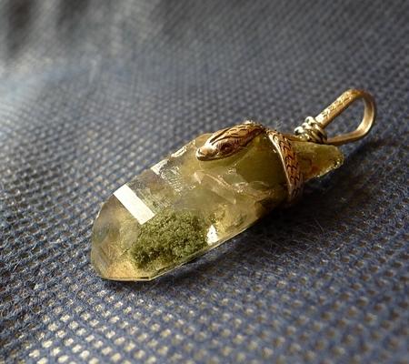 ヒマラヤ水晶ペンダント緑泥石入り062-5