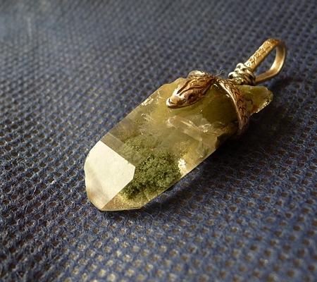 ヒマラヤ水晶ペンダント緑泥石入り062-6