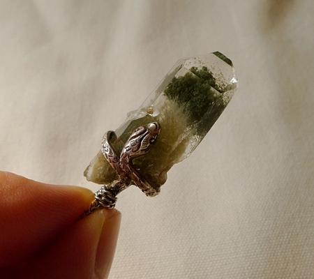 ヒマラヤ水晶ペンダント緑泥石入り062-9