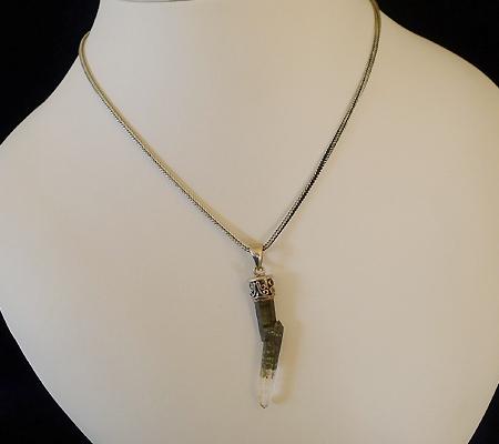 ヒマラヤ水晶ペンダント小水晶015-8