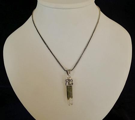 ヒマラヤ水晶ペンダント特殊形状040-8