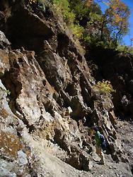 ヒマラヤ水晶の鉱脈・採掘現場調査004-2