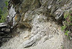 ヒマラヤ水晶産地採掘現場10
